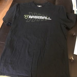 Under armour baseball shirt sz large loose